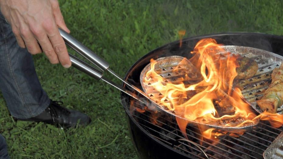 Su Parrilla debe Cocinar no Quemar